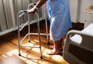 El Proceso de Envejecimiento trae consigo un aumento de la dependencia. El Envejecimiento de las articulaciones, prevención y soluciones. Foro Salud Sendagrup, Mayo 2018